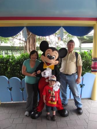 First stop for the family...greet Mickey :-)