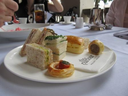 The Parlour also served 3-tier pastry for high tea like the Peninsula Hotel Hong Kong.  This is one of the tiers.