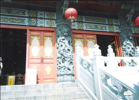 Doors of the Po Lin Monastery building