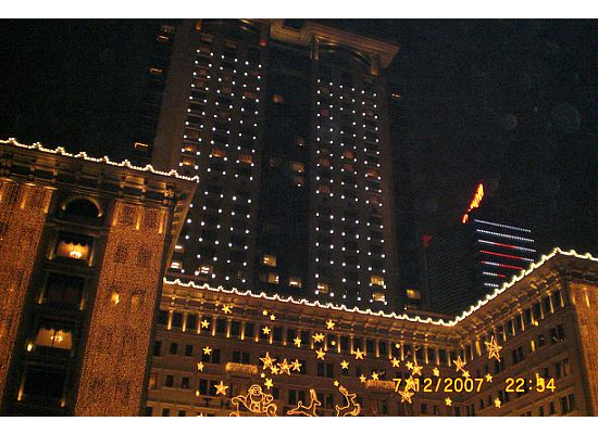 Hong Kong Peninsula Hotel in Christma