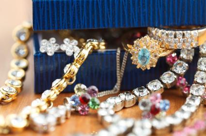 Hong Kong Costume Jewelry Shoppin
