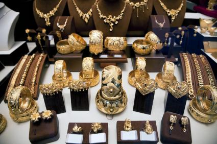 Hong Kong Jewelry, Inc - Flushing, NY - Jewelry Store in Flushing
