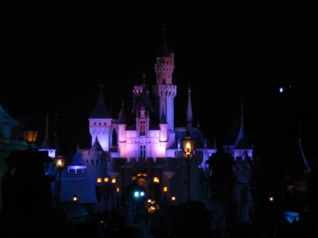 Firework and the Castle....doesn't it make you feel like you live in the fairy tale?
