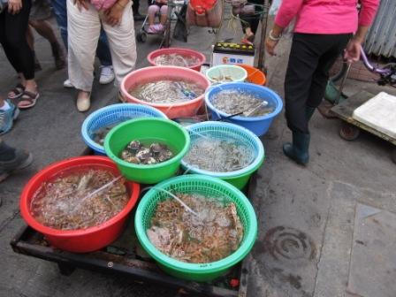 Live seafood is definitely one of the items you will find in a Hong Kong Market