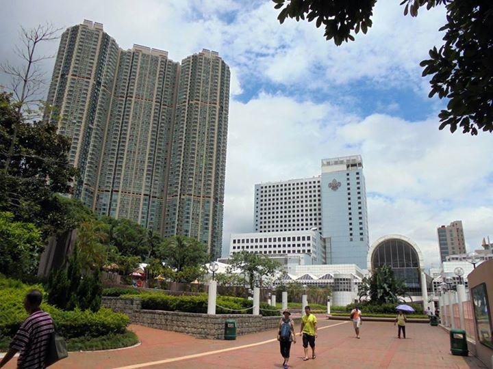 Hong Kong luxury private housing estates