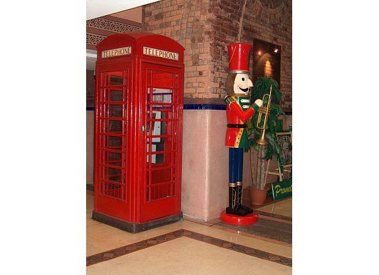 Hong Kong Western Market, Old Phone Booth